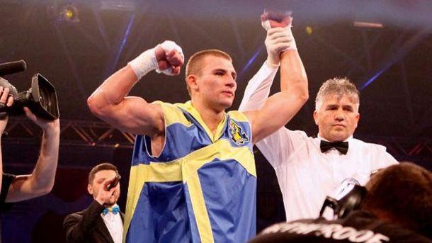 Украинский боксер Александр Хижняк преждевременно стал чемпионом Европы побоксу