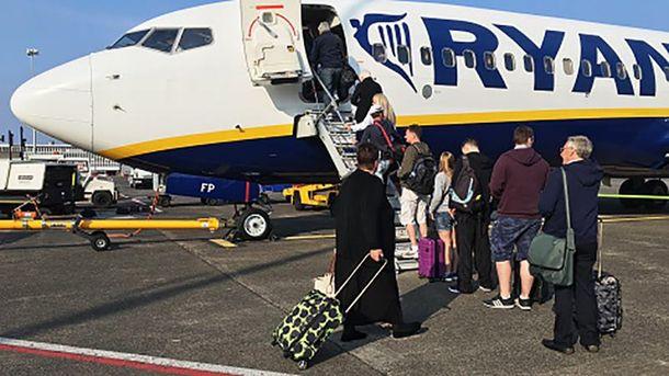 Лоукостер Ryanair собирается запустить еще 50 направлений из государства Украины