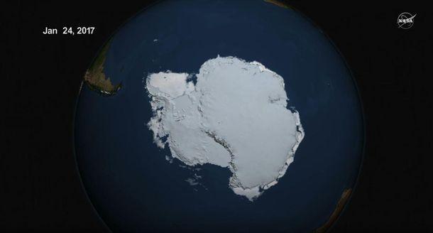 NASA показало видео срекордным таянием льда вАрктике