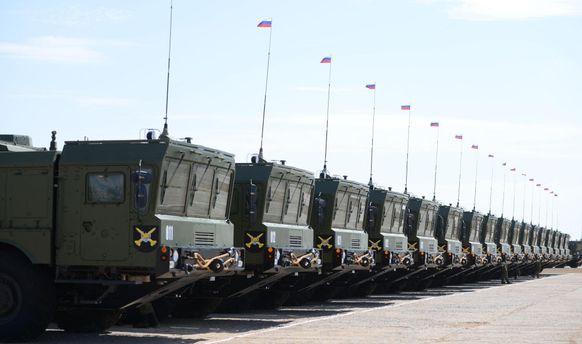 Російські окупанти перетягли дивізіони ракетних комплексів на узбережжя Криму