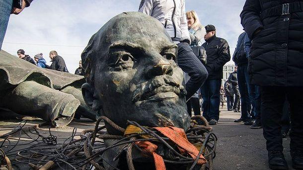 МИДРФ призвал Украинское государство оставить хотябы один монумент Ленину