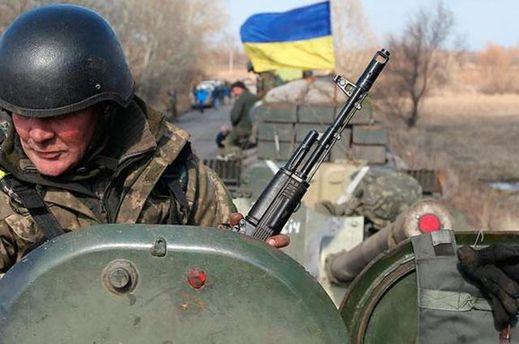 Боевики засутки 61 раз обстреляли позиции сил АТО— Ситуация усложняется