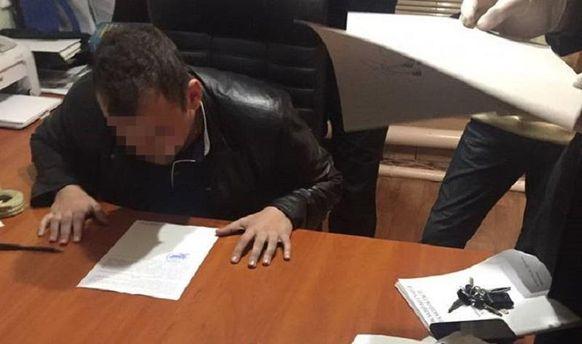 НаОдещині слідчого поліції спіймали нахабарі