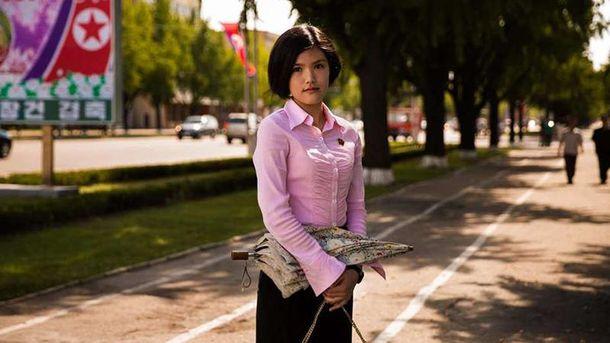 Женщинам в КНДР можно носить только 15 стрижек