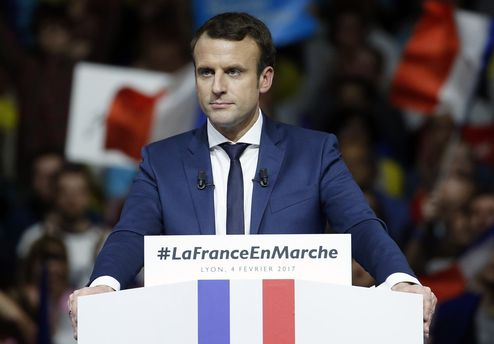ЛеПен назвала Макрона слабаком из-за исламского терроризма
