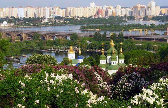 Прогноз погоди на 3 травня: в Україну йде літнє тепло