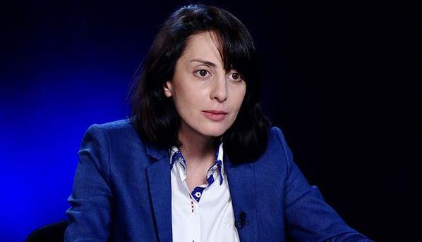 Деканоидзе отказалась отукраинского паспорта