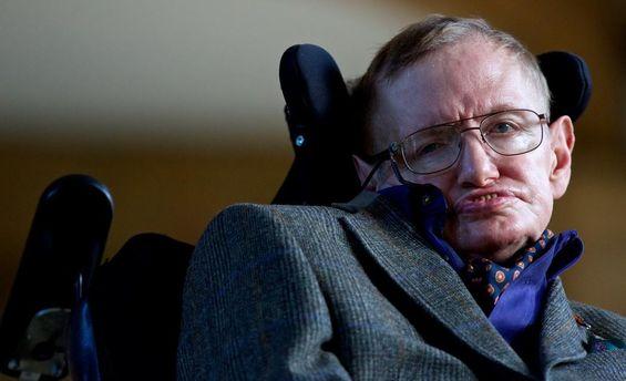 Стивен Хокинг дал человечеству сто лет нато, чтобы покинуть Землю