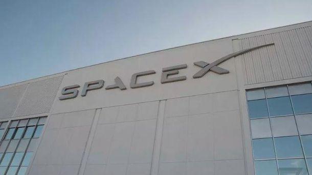 СМИ узнали опланах SpaceX позапуску спутников для раздачи интернета