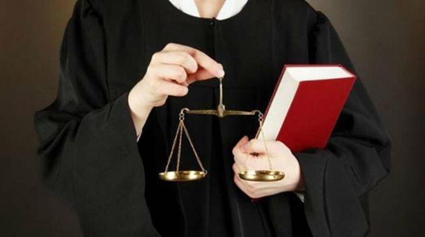 Сусіди, брати, сестри, діти, родичі, або кумівство серед суддів найвищого рівня