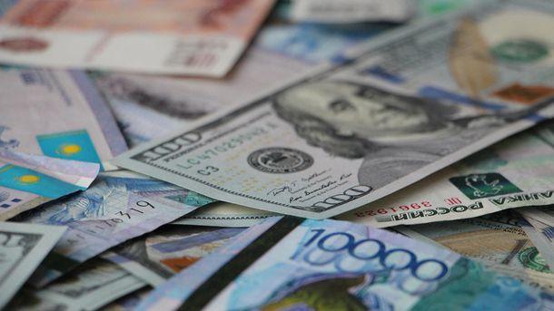 Долар та євро починають знову дорожчати— курс валют на26 травня (ВІДЕО)