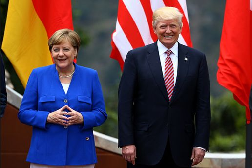Меркель призвалаЕС брать судьбу всвои руки