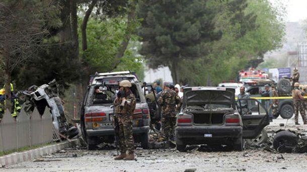 Під час теракту насході Афганістану загинули щонайменше 18 осіб