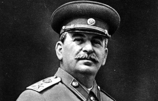 Підозра мертвим вождям: навіщо Луценкові Сталін?