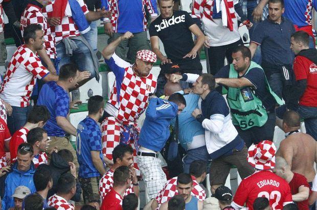 Безлади, Хорватія. Чехія, євро-2016