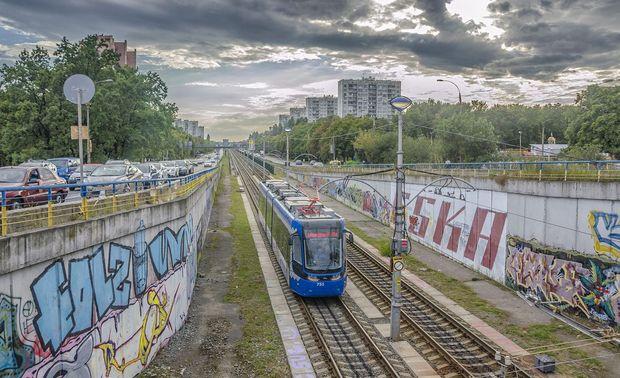 Київ, трамвай, Pesa