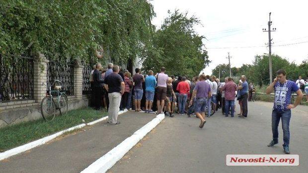 Криве озеро, бунт, Миколаїв