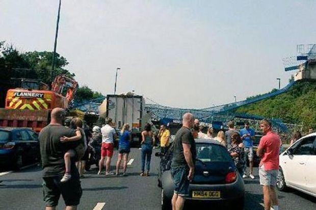 Міст, Великобританія, руйнація