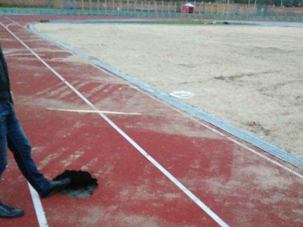 Під час концерту Океану Ельзи у Чернігові фанати знищили покриття стадіону