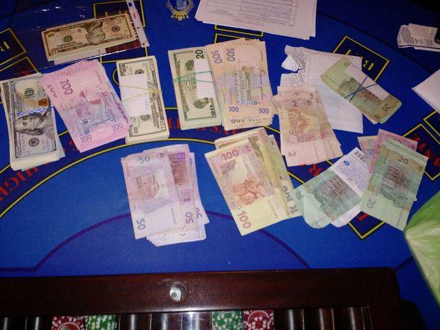 Деятельность подпольного VIP-казино прекращена в Киеве, - Нацполиция - Цензор.НЕТ 7182
