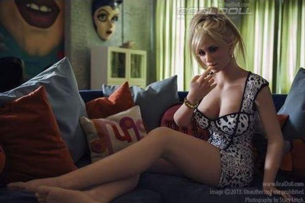 Секс, кукла, США