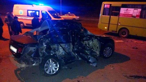 ВХарькове вДТП смаршруткой погибли три человека