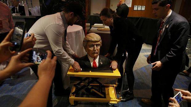 Трамп, торт, Хилтон, США