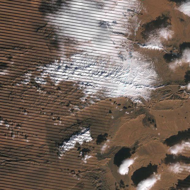 NASA показало засніжену Сахару з космосу