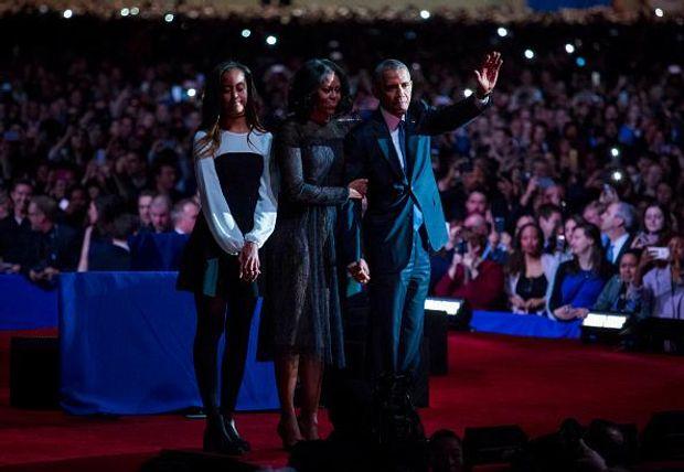 Обама не стримав сліз, виголошуючи прощальну промову: опубліковане відео