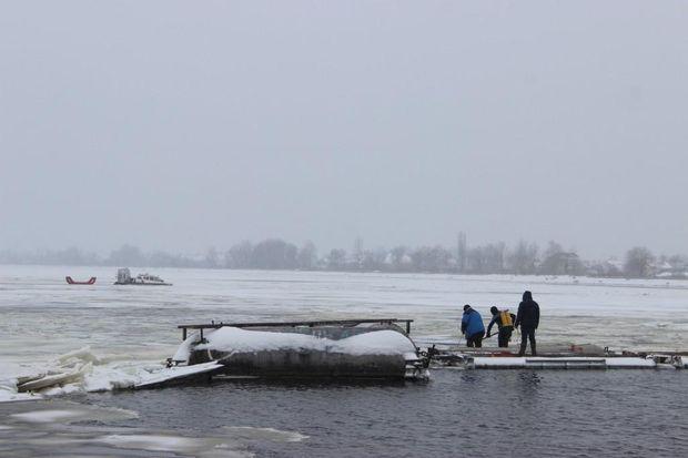Рятувальники, Київ, Рибалка