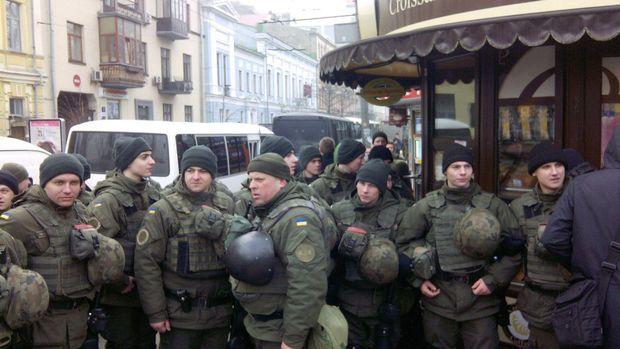 силовики, Київ, мітинг