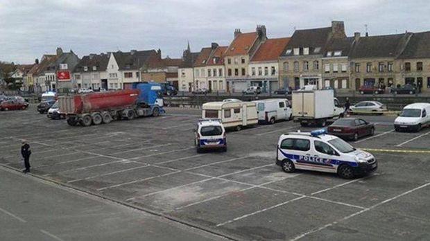 Підозрілий автомобіль у Сен-Омері мав нідерландські номери