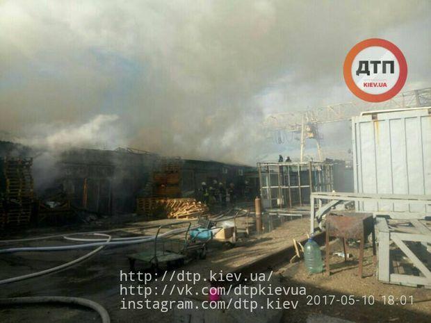 Пожежа на Дарницькому ринку
