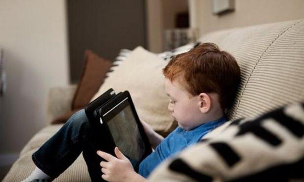 Будьте обережні, реєструючи сторінки дітей в соцмережах