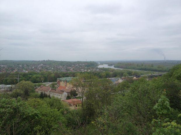 Галич розкинувся на обох берегах Дністра