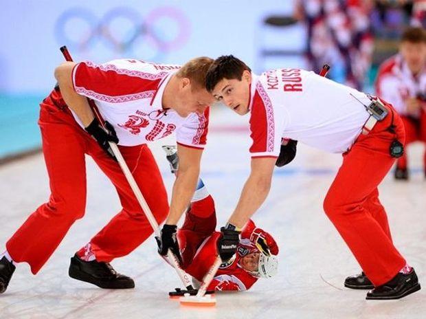 Путіним грають у хокей