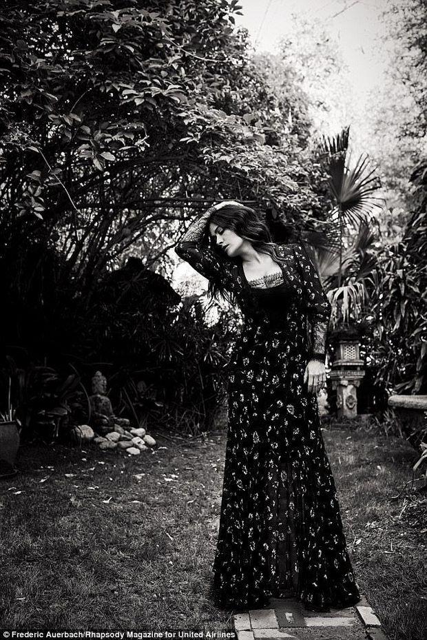 Сальма Хайєк у новій фотосесії