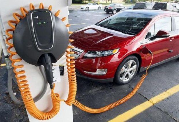 Ввізне мито на електромобілі в Україні – скасовано