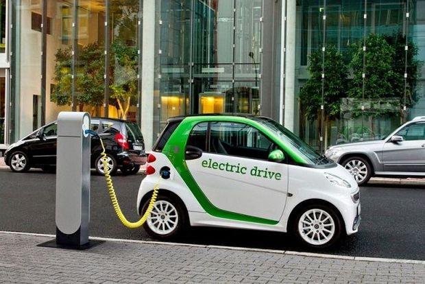 Електроавтомобілі екологічніші, однак обмеженні по швидкості