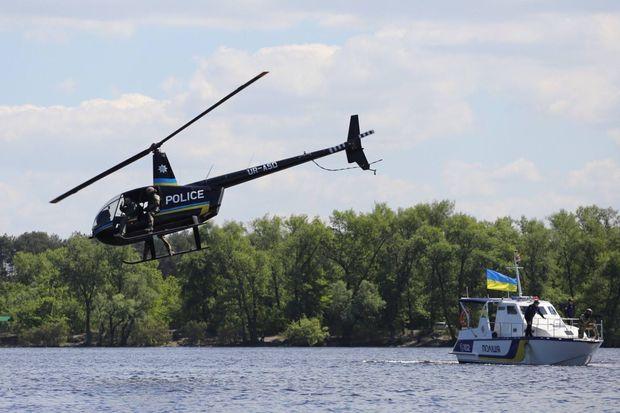 До роботи річкового підрозділу поліції можуть залучатися і вертольоти
