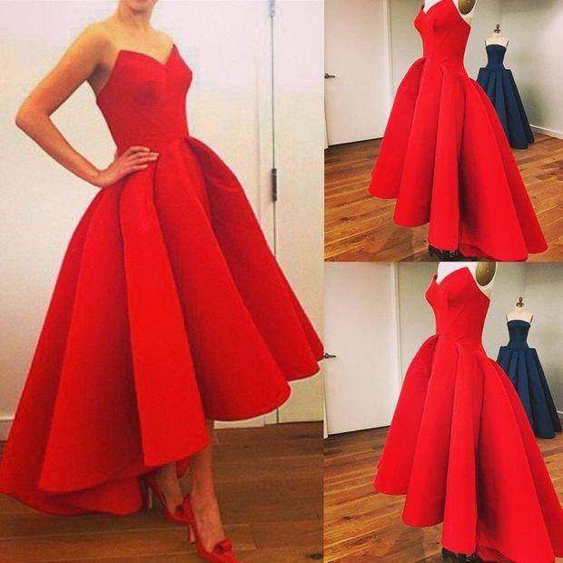 Ідеальна червона сукня