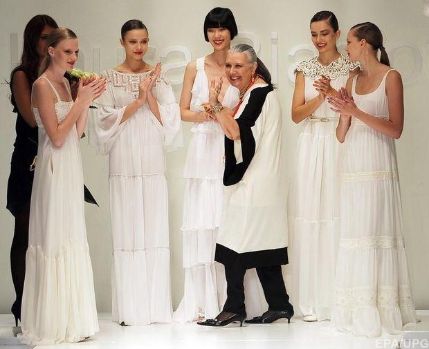 Лаура Бьяджотті однією з перших почала використовувати в одязі елементи з кашеміру