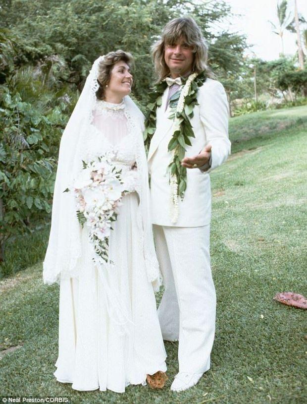 Сім'я Осборнів на першому весіллі