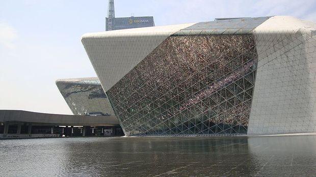 Оперний театр в Гуанчжоу