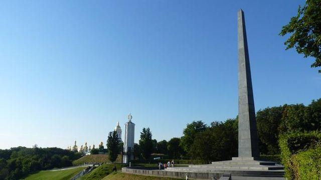Российским дипломатам не дали возложить цветы к могиле Неизвестного солдата в Киеве, – РосСМИ