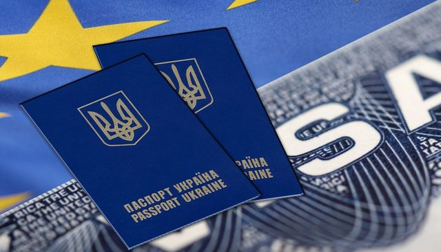 Картинки по запросу Безвиз лишит украинцев
