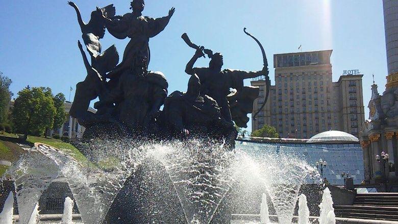 ВКиеве сегодня заработают фонтаны