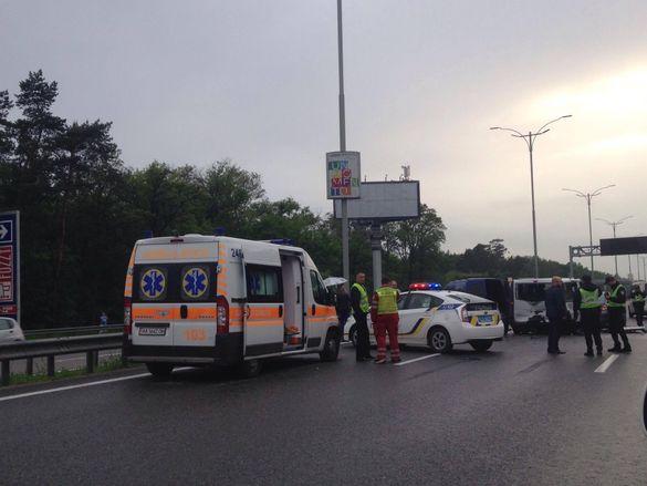 Жахлива ДТП на Бориспільській трасі: ексклюзивні кадри з місця аварії (18+)